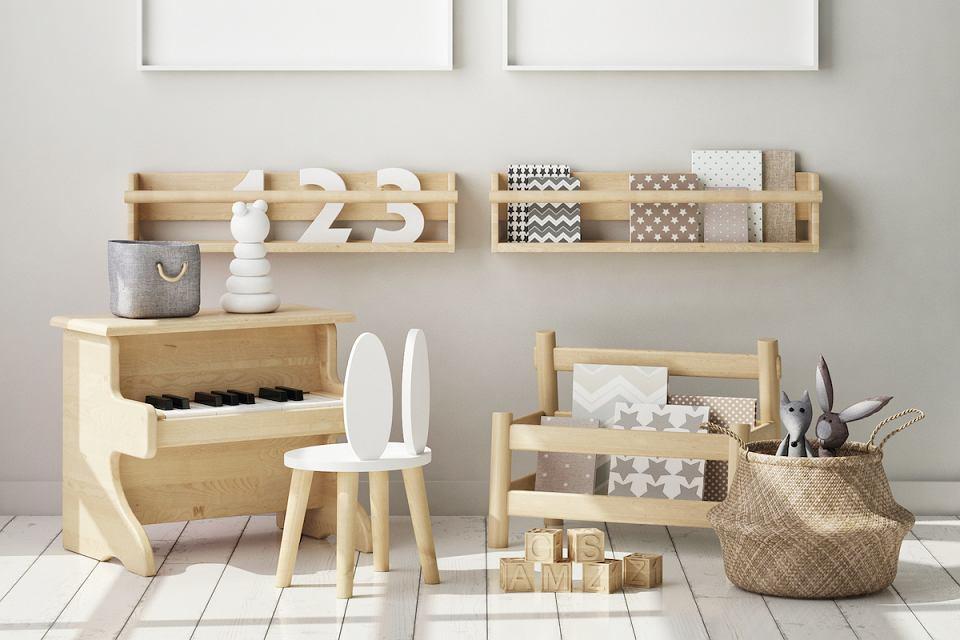 Drewniane meble dla dzieci.