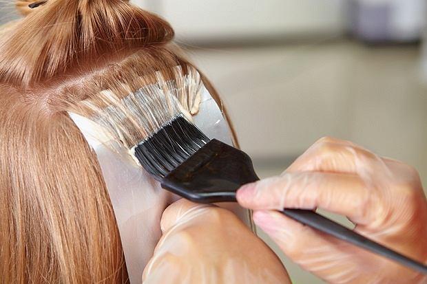 Farbowanie włosów w ciąży - porady i opinie