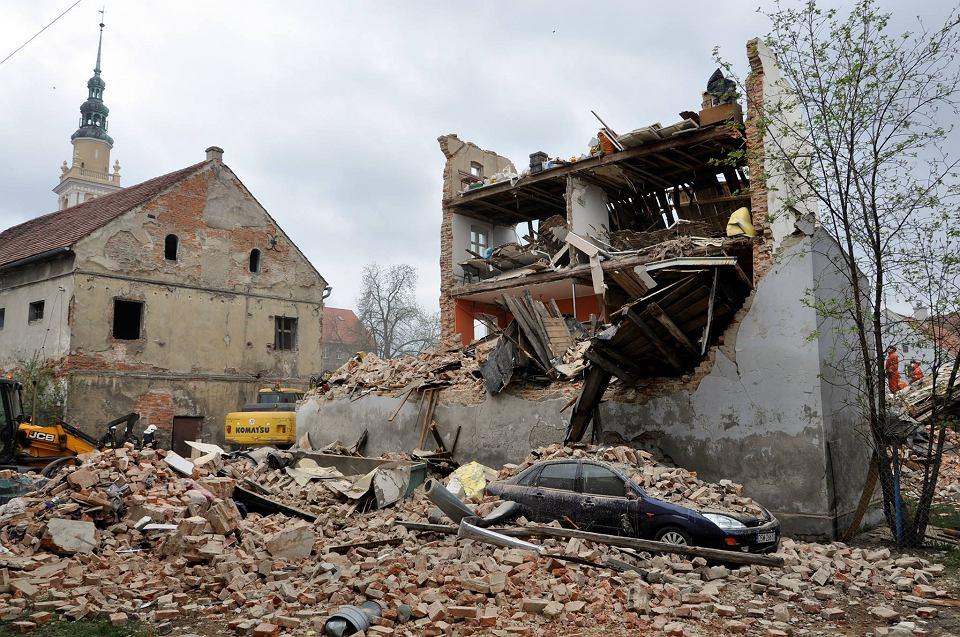 Tragedia w Świebodzicach, zawaliła się kamienica