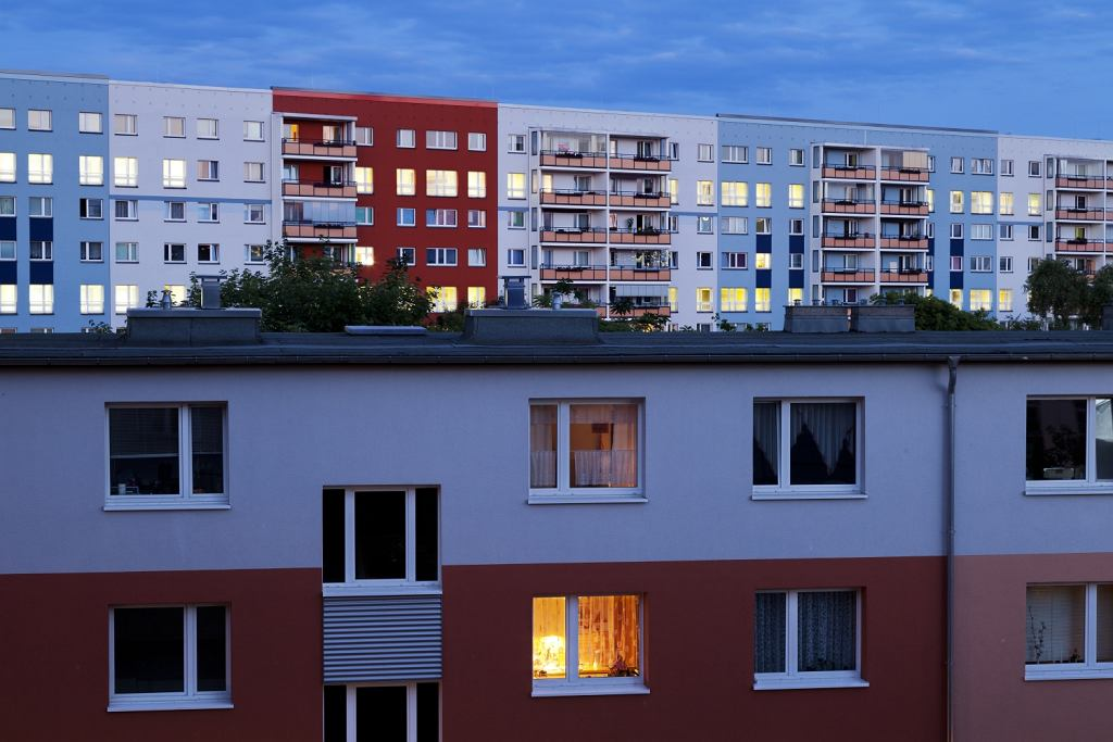 Bloki w Berlinie Wschodnim (fot. Shutterstock)