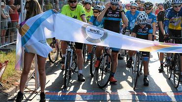Niedziela na ulicach Poznania - wyścig Skoda Poznań Bike Challenge