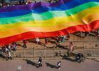 """Kraśnik. Radny z PiS-u wyjaśnił, co oznacza skrót LGBT. """"Lesbijki, geje tam... Bio tam... Coś tam"""""""