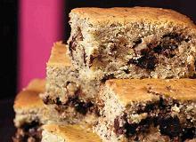 Ciasto orzechowe z czekoladą i bananami - ugotuj