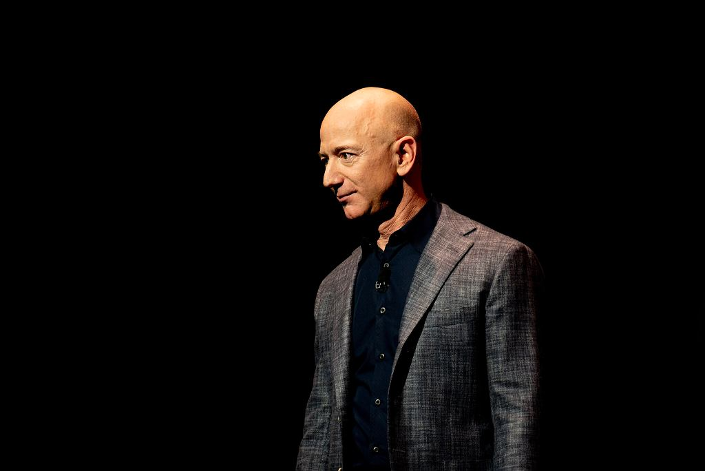 Majątek Jeffa Bezosa przebił kolejną granicę. Jest najbogatszym człowiekiem świata. Na zdjęciu Jeff Bezos/Fot. Daniel Oberhaus/Flickr (CC BY 2.0)