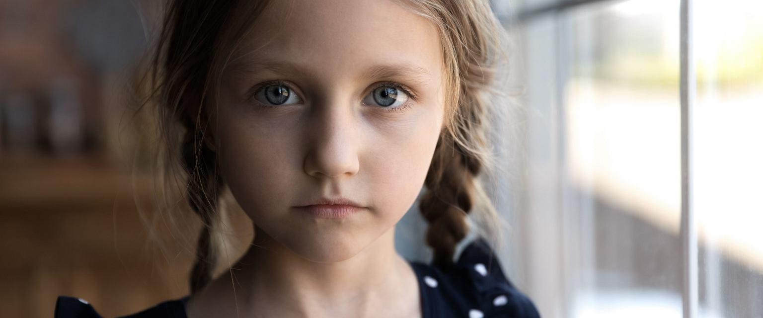 Przesłuchiwanie dzieci nie zawsze odbywa się zgodnie z procedurami (Shutterstock)