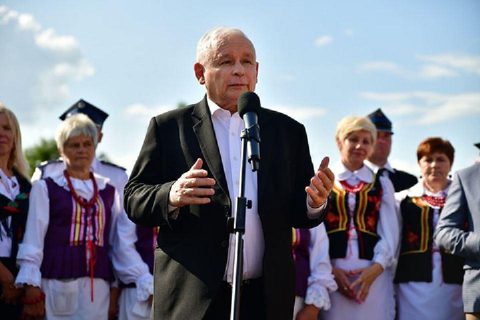 Wybory parlamentarne 2019. Jarosław Kaczyński na pikniku rodzinnym w Kuczkach Kolonii w gminie Gózd koło Radomia