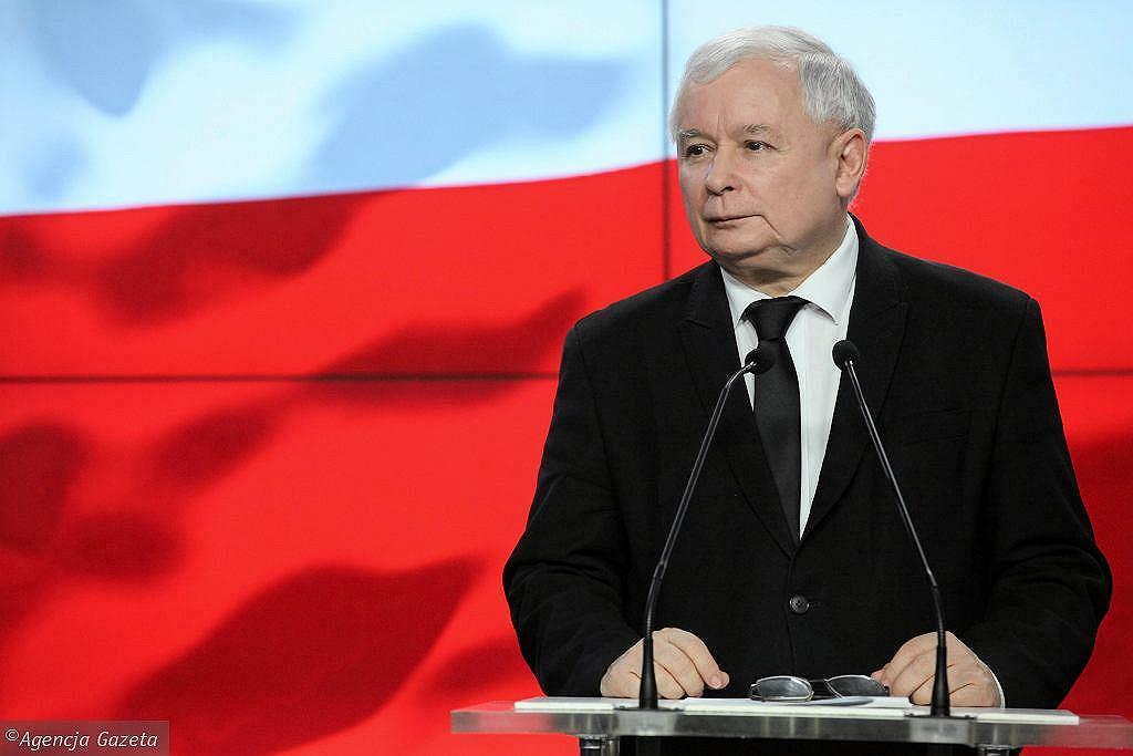 Nowy Ład. Komentarze po konwencji PiS. 'Narodowym socjalistom nie w smak niezależna klasa średnia'. Na zdjęciu Jarosław Kaczyński