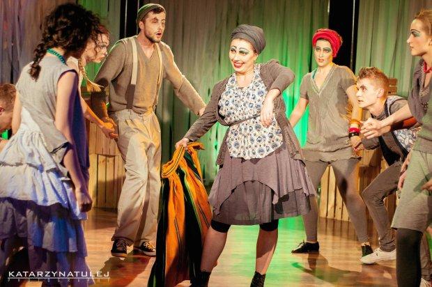 Teatr Pijana Sypialnia wystawi 'Ojdyrydy' w Skwerze przy Krakowskim Przedmieściu 60a w niedzielę o godz. 18