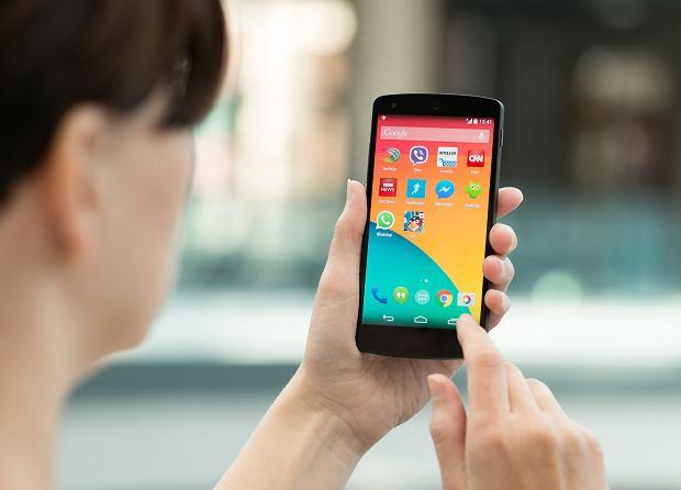 Zdjęcie numer 1 w galerii - Kupujesz nowy smartfon? Oto 5 najważniejszych rzeczy, które musisz wiedzieć