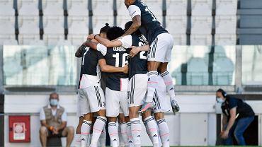 Impreza piłkarzy Juventusu w willi jednego z nich. To nie wszystko. Klub ma problemy