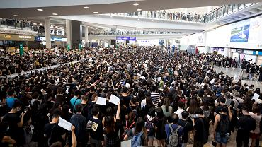 Zamknięte lotnisko w Hongkongu