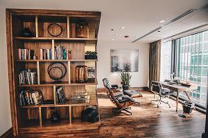 Drewniane wykończenia: rozwiązanie, które pozwoli ci stworzyć przytulne wnętrza