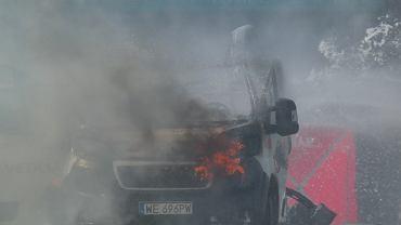 Warszawa, Bemowo. Wybuch auta z butlami gazu