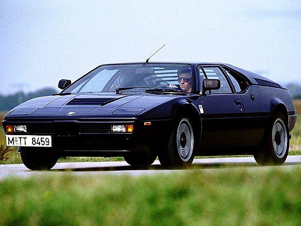 Montaż samochodu miał odbywać się w fabryce Lamborghini w Sant' Agata. Finalnie montowany był w firmie Baur