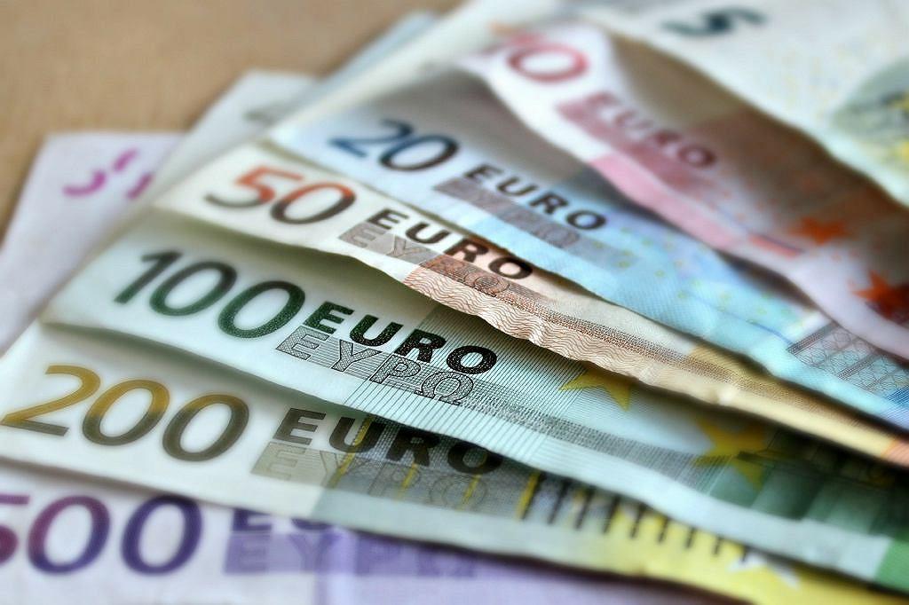 Glapiński chce utrzymać polską walutę. Polacy nie chcą euro (zdjęcie ilustracyjne)