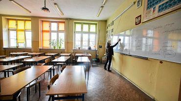 Rok szkolny w czasie epidemii koronawirusa (zdjęcie ilustracyjne)