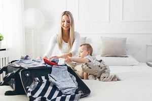 Zagraniczne wakacje z niemowlakiem - jak się mądrze spakować? Podpowiadamy