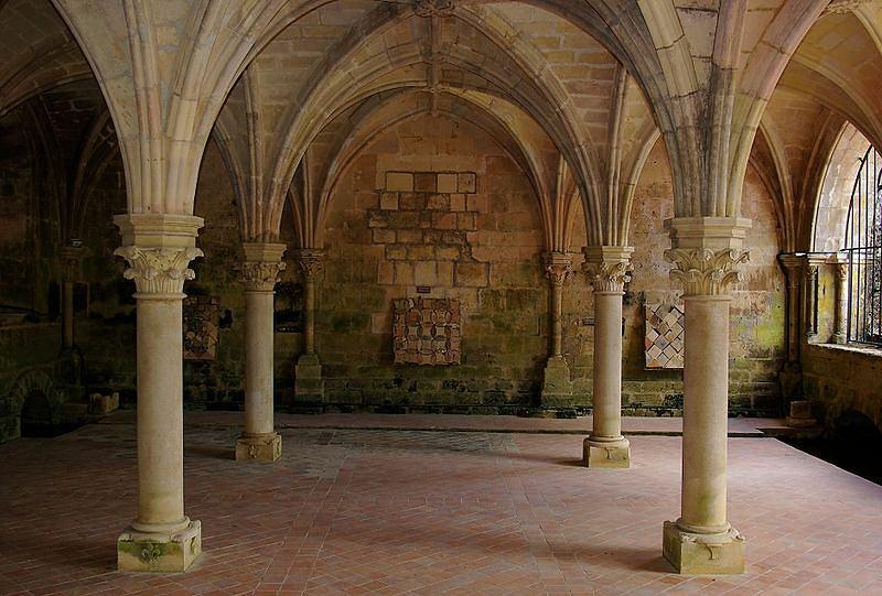 Badania prowadzono na terenie klasztoru należącego do benedyktynów (zdjęcie ilustracyjne)