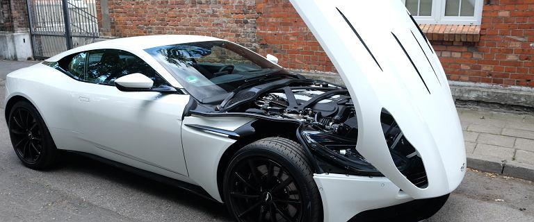 Opinie Moto.pl: Aston Martin DB11 - dziś każdy może być Jamesem Bondem