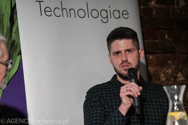 Spotkanie z cyklu ''IT mówi do IT''. Dominik Broj, JS developer we wrocławskim oddziale DataArt