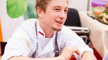 """""""To jest proste - żeby dzieciaki jadły dobrze, to my też musimy jeść dobrze"""" - przekonuje Grzegorz Łapanowski"""