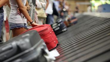 Zagubiony, opóźniony lub zniszczony bagaż - w takich przypadkach pasażerowi przysługują konkretne prawa
