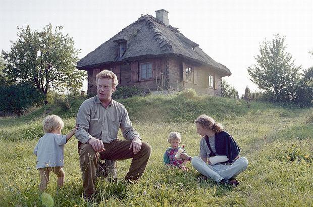 Daniel Olbrychski sprzedaje swój dom w Mięćmierzu