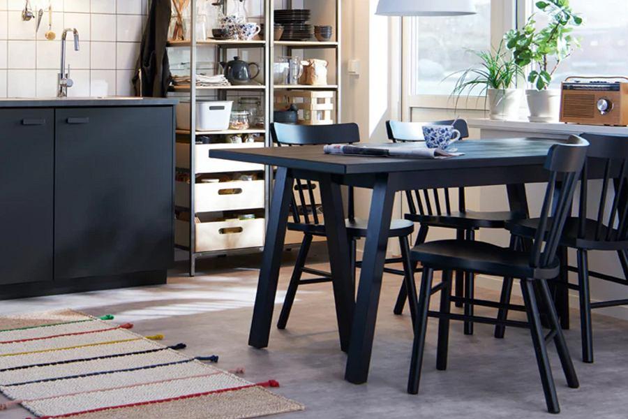 Krzesła kuchenne drewniane