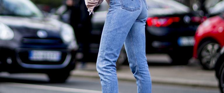 Przepis na piękne nogi i pośladki? Te spodnie Levi's, Lee, Wrangler czarują! Teraz 70% taniej