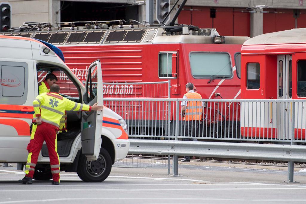 Wypadek pociągu w szwajcarskim Andermatt