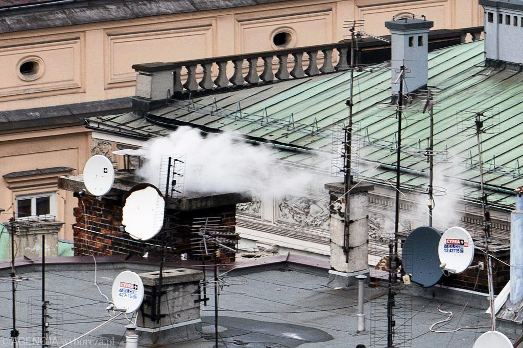 Pirat telewizyjny musi zapłacić pokrzywdzonym - Cyfrowemu Polsatowi oraz CANAL+ Polska - ponad milion złotych