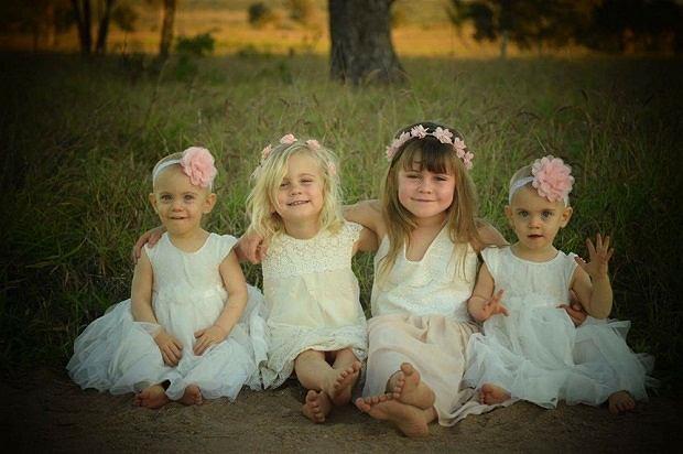 Bohaterska 5-latka z siostrami (trzecia od lewej)