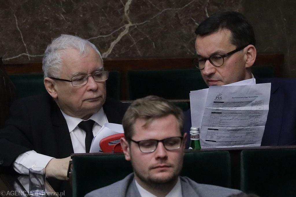 Głosowania w sprawie tzw. ustawy dyscyplinującej