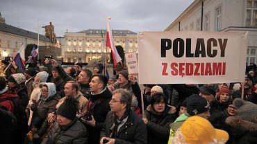 NMarsz  Tysiaca Tog ' w obronie niezawislosci polskiego systemu sadowniczego .