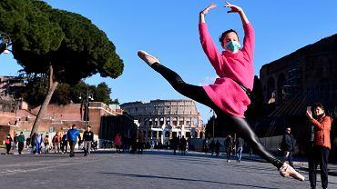 Epidemia koronawirusa. Dzień kobiet w Rzymie, 8 marca 2020