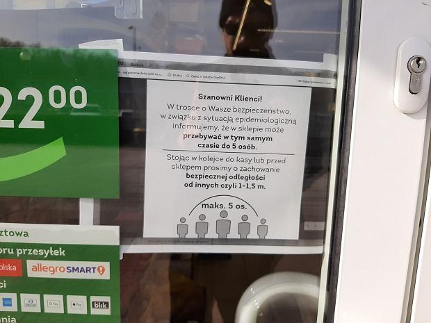 16.03.2020 r. Na witrynie sklepu widnieje komunikat do klientów w związku z epidemią koronawirusa