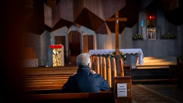 Lockdown w całej Polsce od 20 marca. W kościołach będą obowiązywać limity (zdjęcie ilustracyjne)