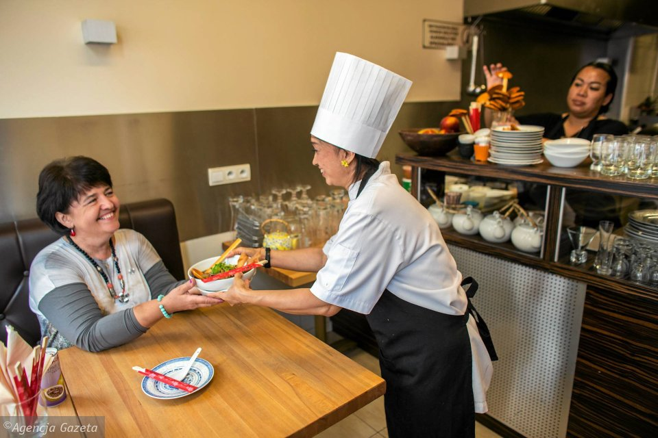 Tu Thai Cudeńka Indochin Spod Chochli Tajskiej Szefowej Kuchni
