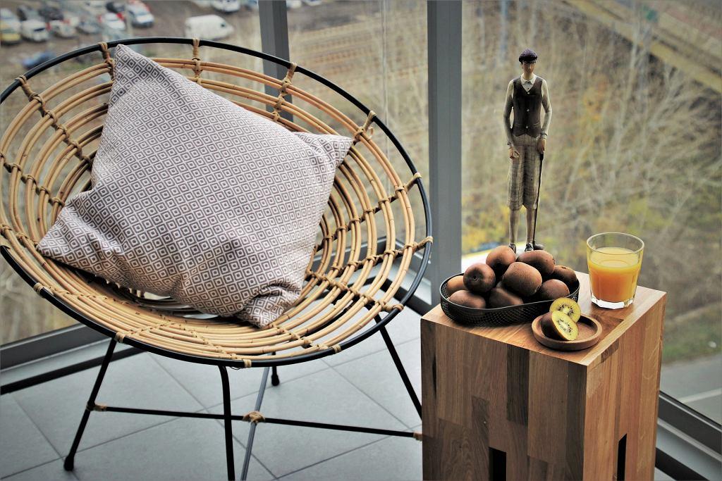 Stolik na balkon