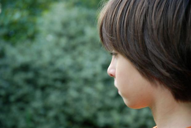Autyzm u dzieci - przyczyny i objawy w relacjach społecznych