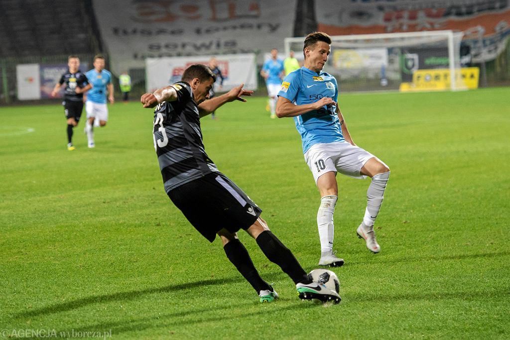 Mecz piłki nożnej I ligi Stomil Olsztyn - GKS Katowice