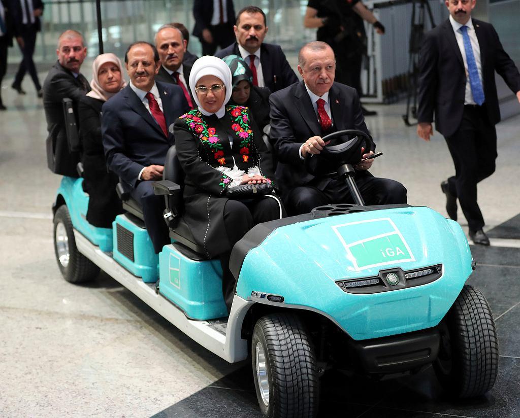 Prezydent Erdogan podczas uroczystości otwarcia nowego lotniska