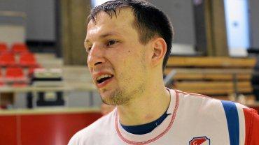 Antoni Łangowski rzucił osiem bramek