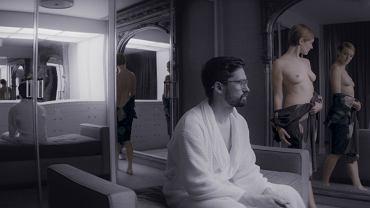 Kadr z filmu CREATIVE CONTROL, reż. Benjamin Dickinson