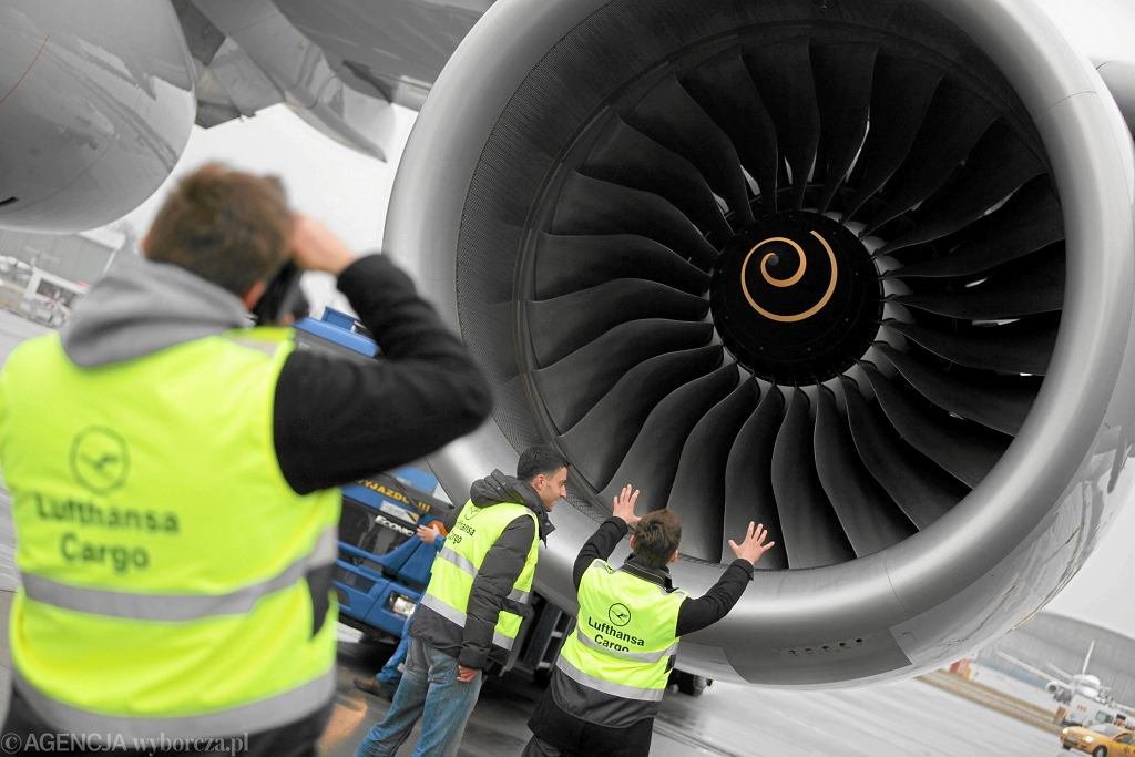 Silnik samolotu - zdj. ilustracyjne