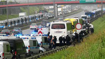 Policja udaremniła bijatykę. Grupa kiboli Dinama jechała do Warszawy autokarami