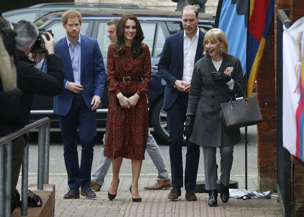 Harry, księżna Kate, książę William