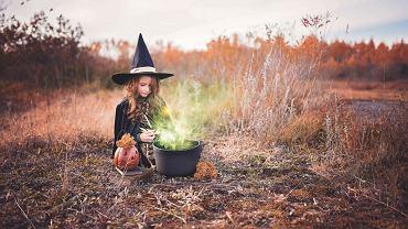 Makijaż dla dziewczynki na halloween.