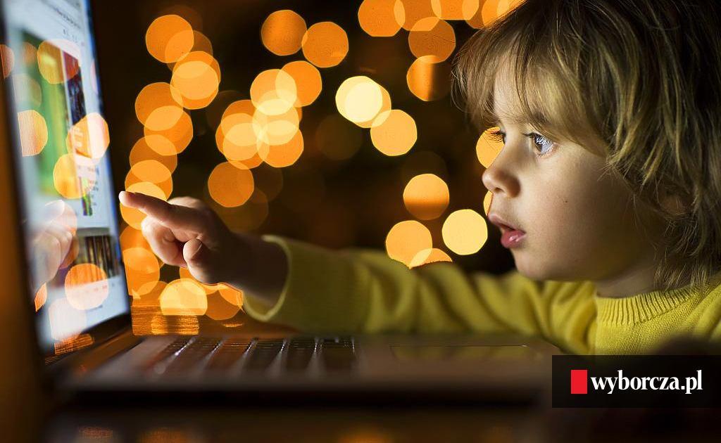098da3143 Co robią dzieci w internecie? Rozmowa z badaczem zachowań młodzieży w sieci