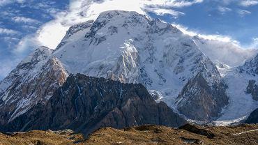 Broad Peak ma 8011 metrów wysokości, czyli jedenaście metrów powyżej ośmiu tysięcy, a wówczas jeszcze żaden Polak nie przekroczył tej granicy (fot. Shutterstock)